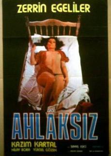 Ahlaksız Zerrin egeliler erotik ensest film izle   HD